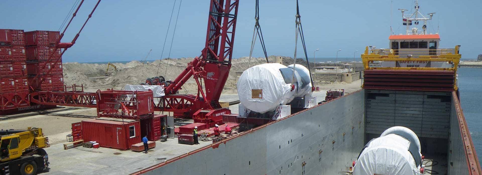 600 tonnin nosturi purkaa turbiineja Burullusissa