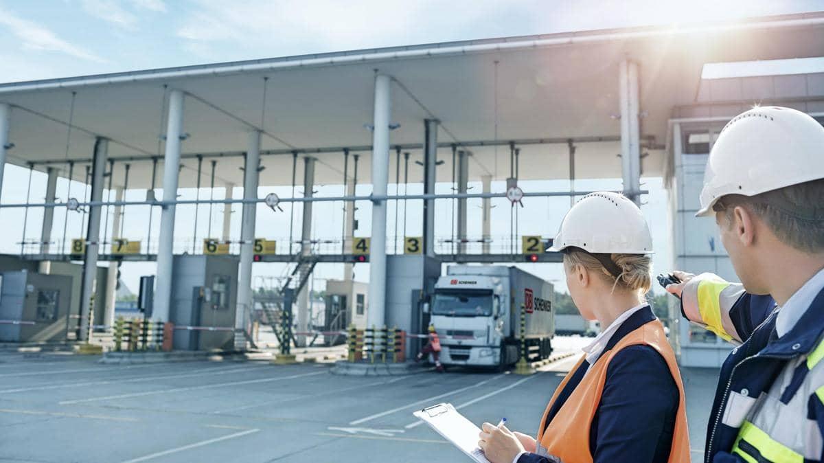 Global Logistics Solutions Supply Chain Management Db Schenker