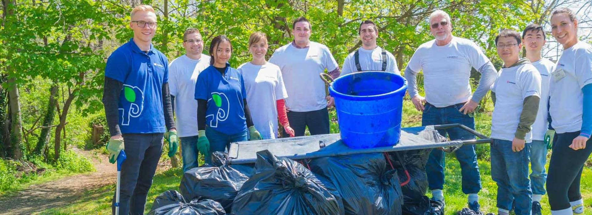 Freeport Site visits Roosevelt Preserve for a major Earth Month clean-up